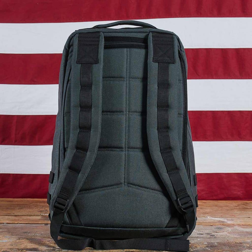 GORUCK GR1 Gunmetal -showing thick padded backpack straps