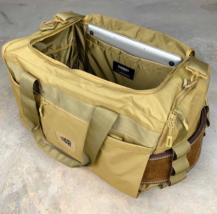 King Kong Apparel Core51 Duffel Desert laptop