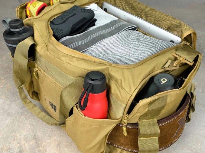 King Kong Apparel Core51 Duffel Desert packed
