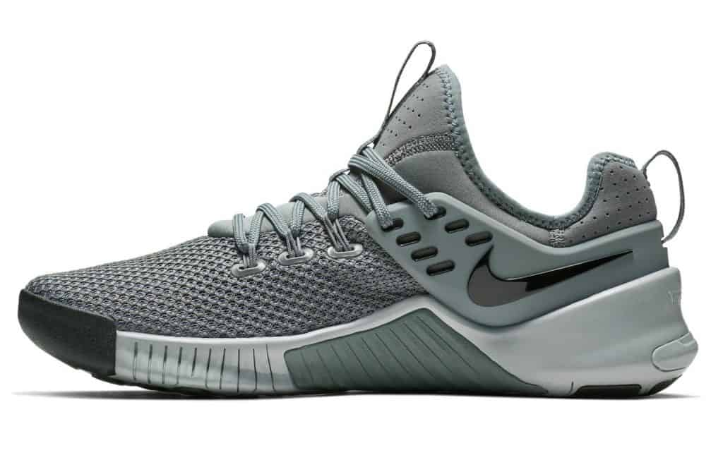 057e45f741bf Nike Free X Metcon - Lightweight mesh and deep grooves along the sole  enable omni-