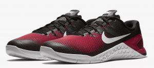 Nike Metcon 4 in Crimson