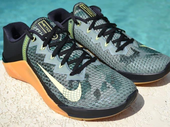 Nike Metcon 6 Camo - Side Quarter Right