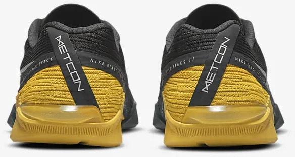 Nike React Metcon Turbo pair back view