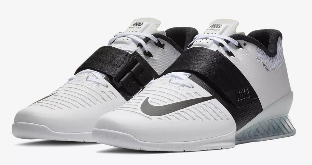 Another color option of the The Nike Romaleos 3 Weightlifting/Powerlifting Shoe delivers the stability and locked-in fit you need for intense weight training. Interchangeable insoles provide soft or firm support to match the needs of your regimen.