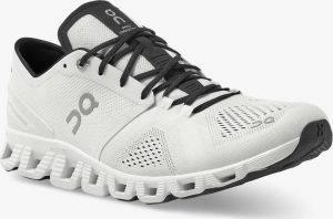 Cloud X from On Running - White/Black