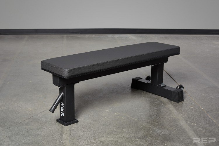 Rep Fitness FB-4000 Comp Lite bench - probably the flat bench you need for your home gym or garage gym