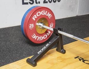 Rogue Mini Dealift Bar Jack far view with a dead-lift