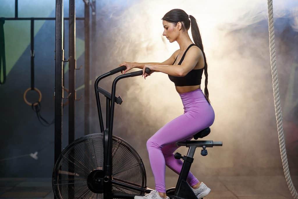Exercising on an assaultbike