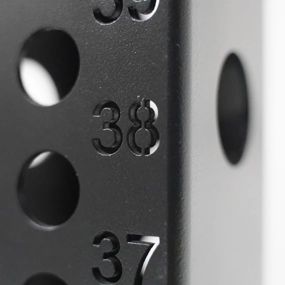 Numbered holes make it easy to adjust