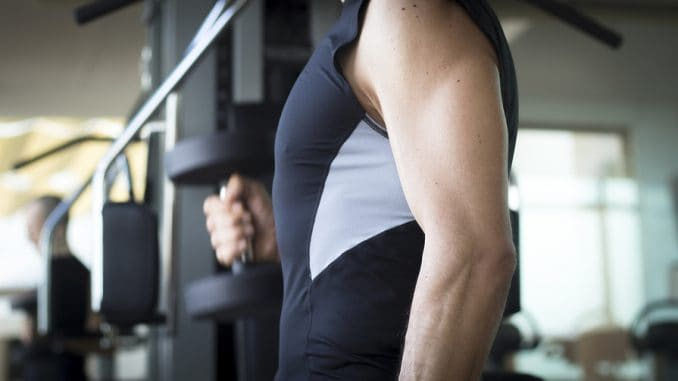 Men with more muscle mass as they enter middle age tend to fare better against heart disease.