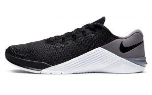 Nike Metcon 5 Training Shoe in Black/White/Gunsmoke