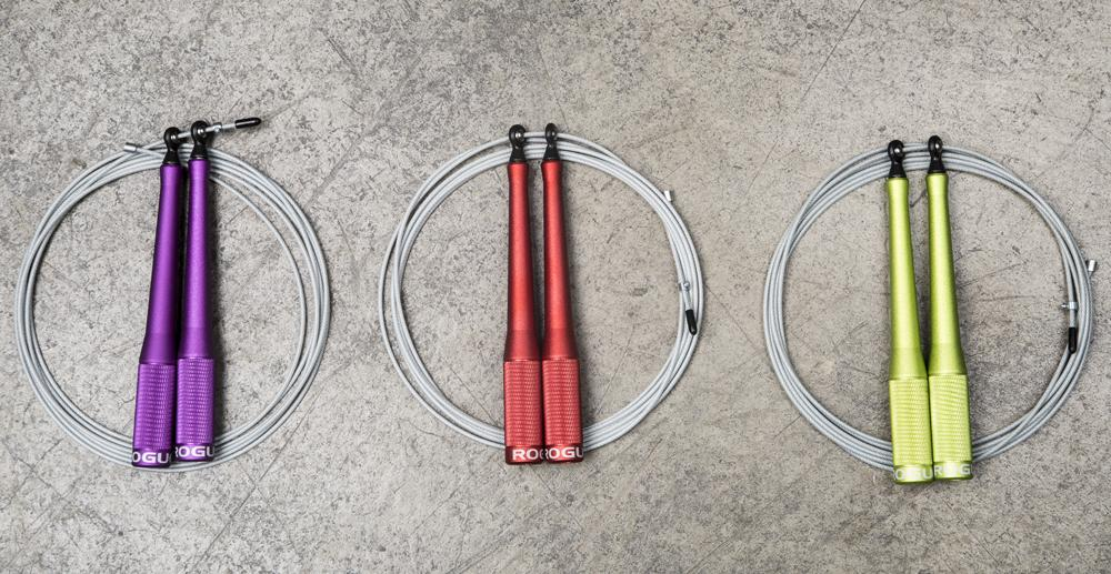 The SR-2 speed rope improves on the SR-1 - same great bearing system and cable specs, but a nicely knurled aluminum handle too.