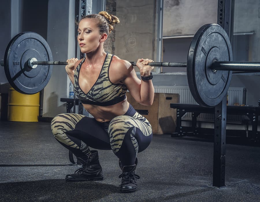 Powerlifting exercises such as the high bar squat, bench press, and deadlift can also be done with an women's olympic barbell. The best women's barbell will have a 25mm diameter for easy grip.
